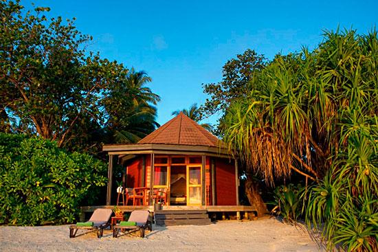 En av Kuredo resorts beach villas.