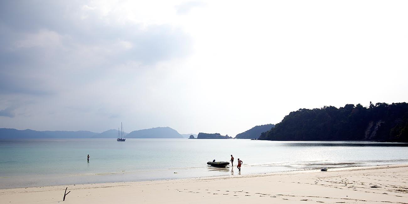 Även Burma erbjuder segling