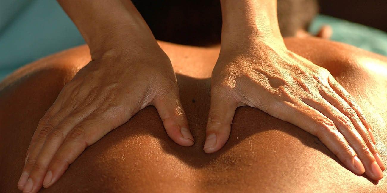 Avsluta kvällens rundturer med lite massage och avslappnande musik