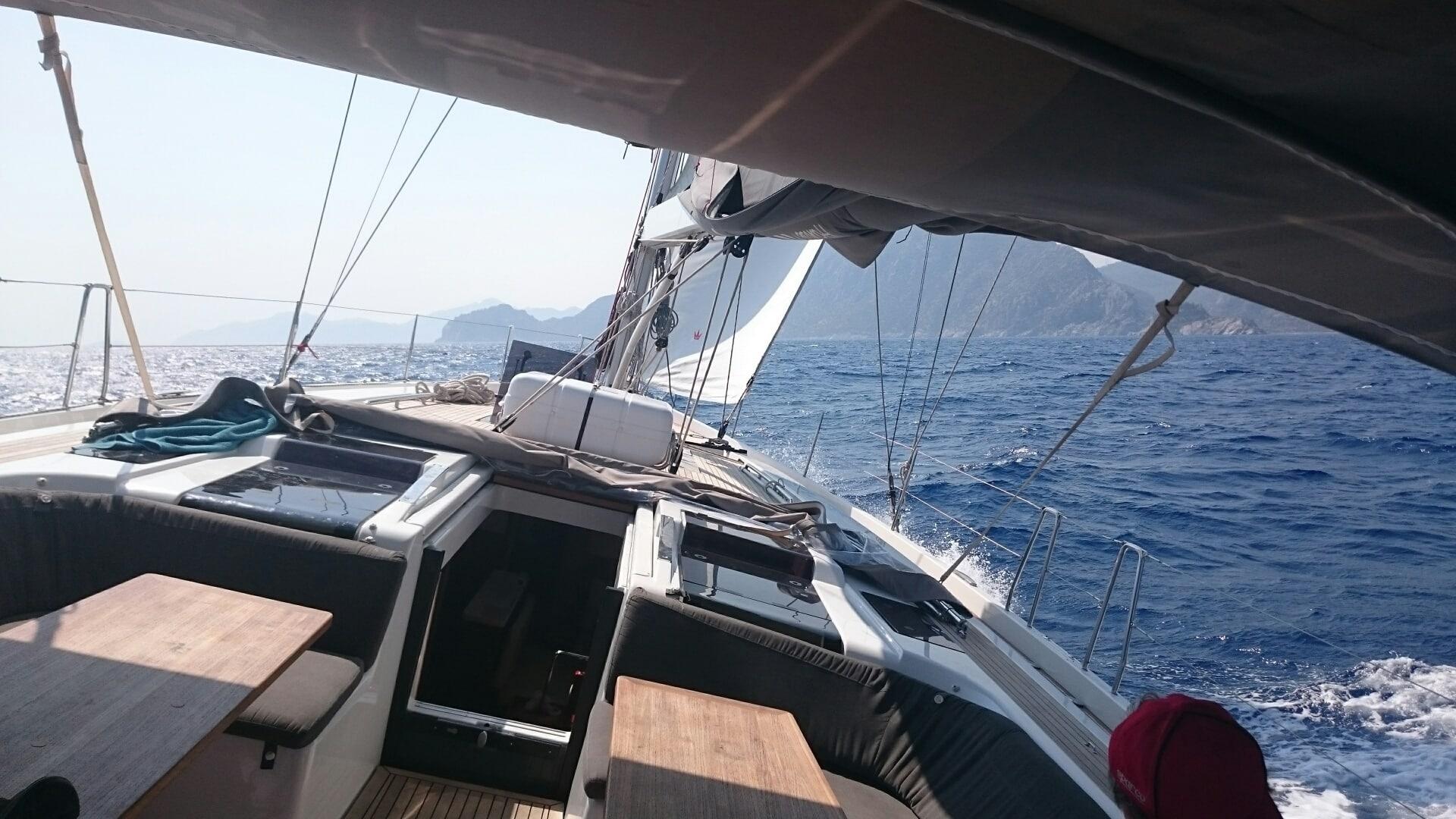 I Lefkas och andra fina öar kan det minsann var vind i seglen