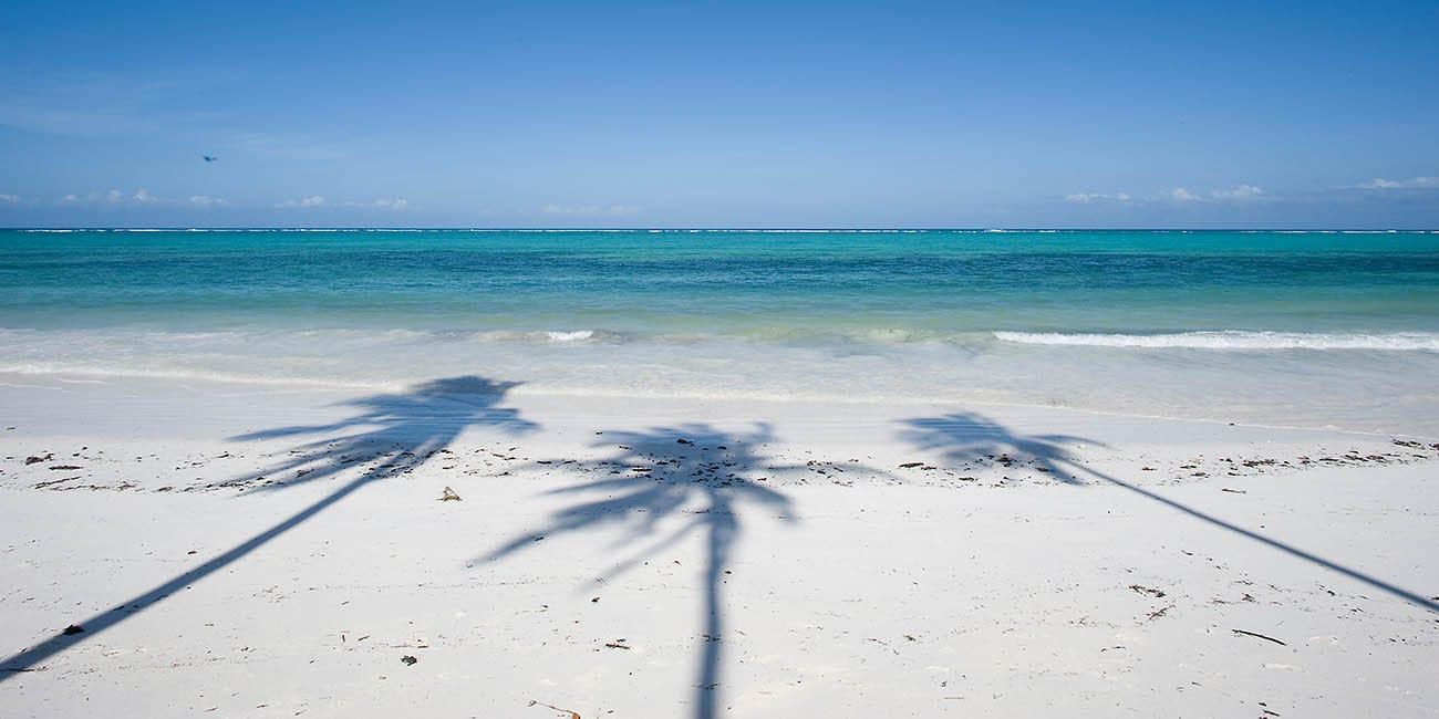 Vita sandstränder på Zanzibar