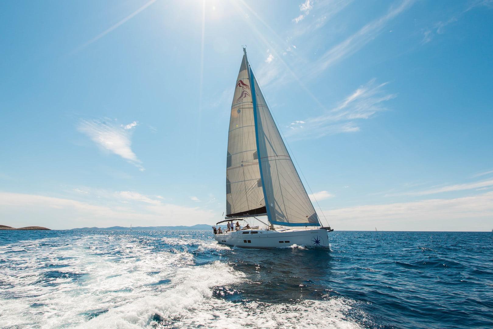 Välj en destination för segling med Navigare