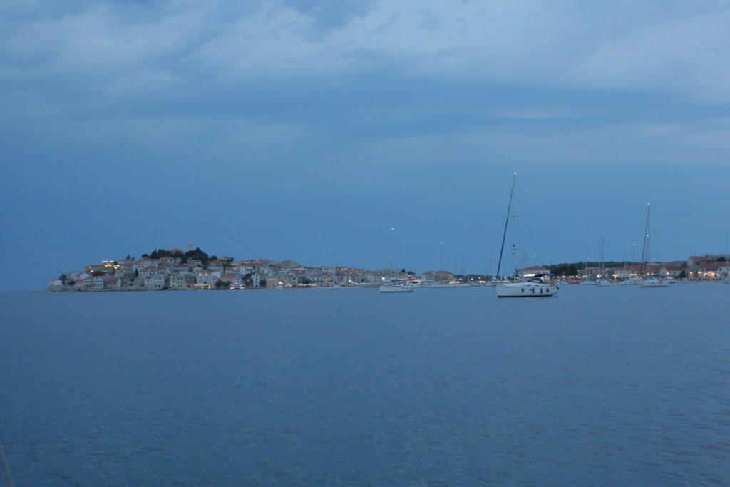 En sen kväll till havs i Kroatien