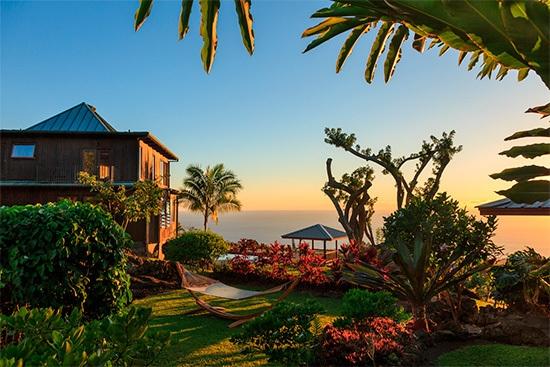 Hotell Holualoa Inn på Hawaii i solnedgång