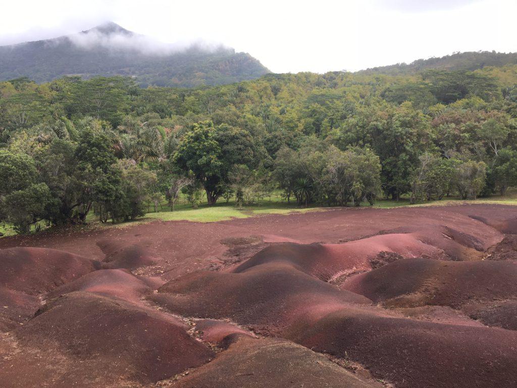 Här finner du röd sand