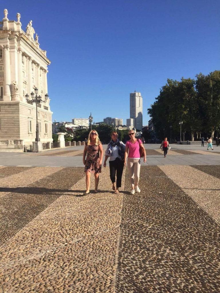 Res till Madrid med familjen