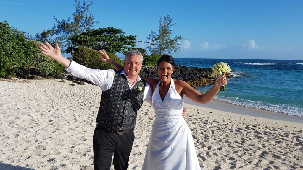 Christina och Joakim gifter sig