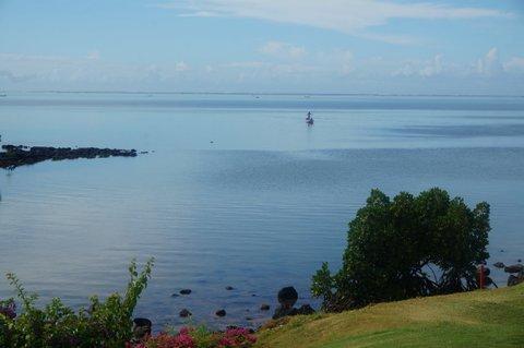 På paketresor till Mauritius kan man spela golf eller åka båt