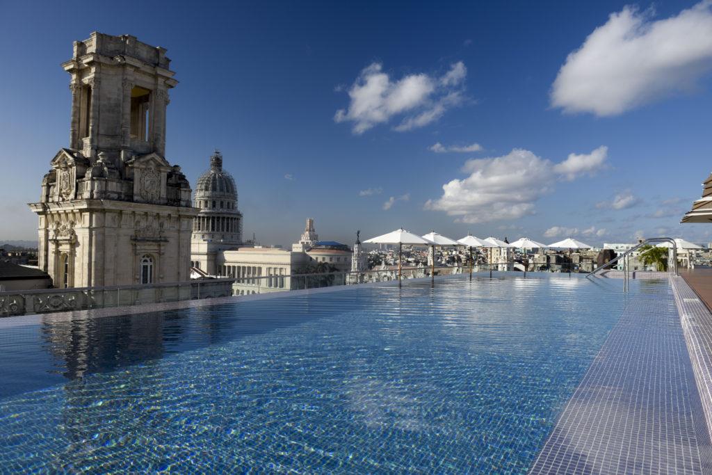 Bada kan du även göra på Kuba