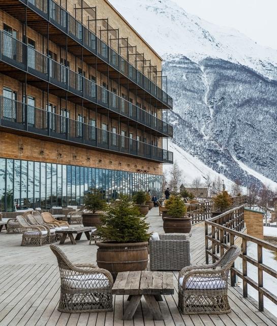 Ett fint hotell i en Georgisk skidkort