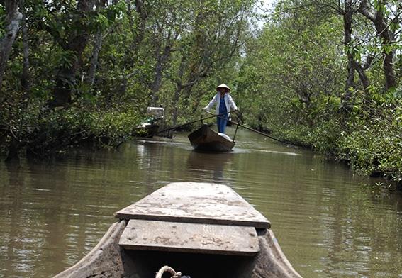 En tur på Mekongfloden är ett måste på din rundresa i Vietnam