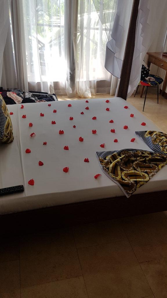 Blommor på sängen