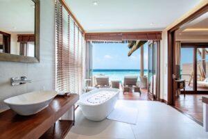Visst har man utsikt från badkaret
